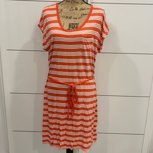 Bundle of 2 Old Navy Dress